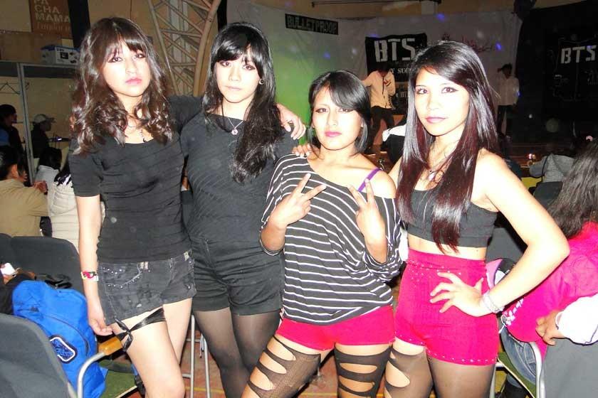 Red Fire: Lia Castillo, Jimena Quispe, Mariana Vega y Lidia Mancilla.