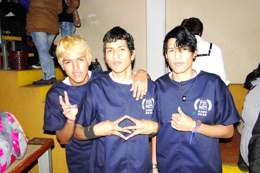 Kaos Abad: Daniel, Brian y Alex Rodríguez.