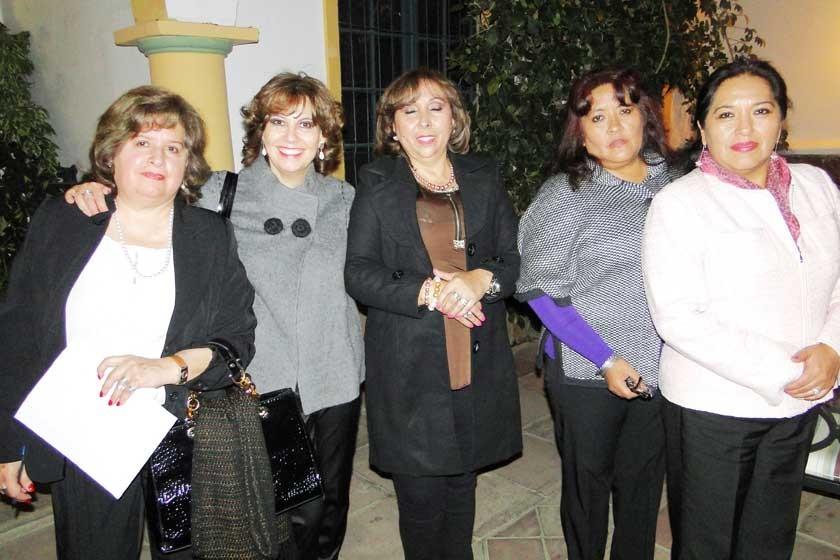 Mirtha Mercado, Elena Rodríguez, Marianela Valda, Lidia Melgarejo y Norma Poveda.