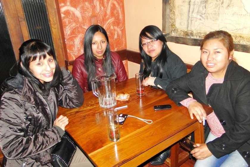 Gabriela Chamoso, Gertrudis Romero, Saray Romero y Elisa Mamani.