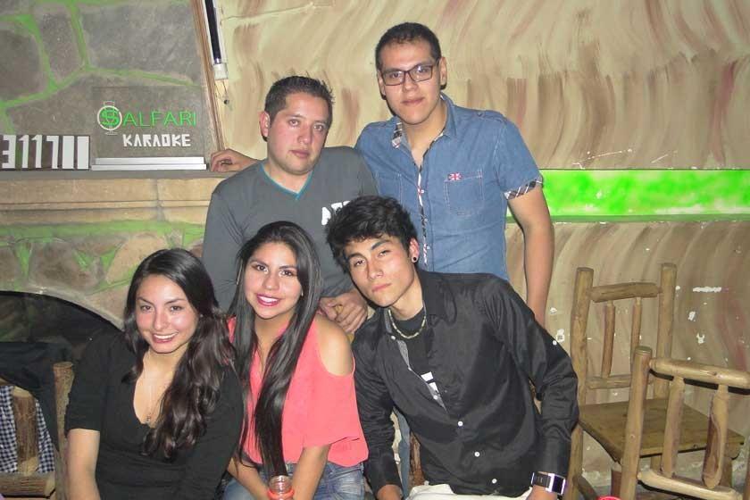 Ignacio Mora, Alexis Pinto, Mikaela Villavicencio, Ambar Pinto y Andrés de la Cruz.