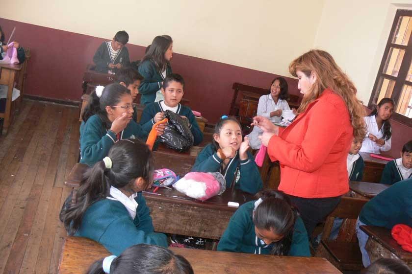 Sucre: Escolares y universitarios retornan a clases