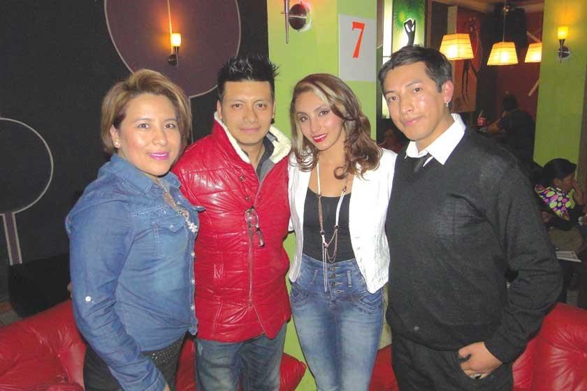 Karina Cárdenas, Abraham Andrade, Valeria Pinto y Antonio Terceros.