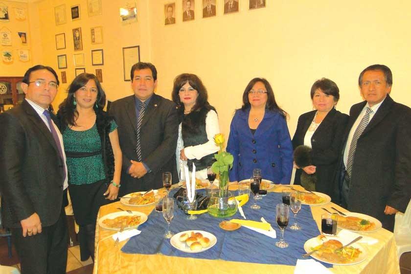 Alejandro Nava, Luz Marina Vargas, Rubén Gaspar, Cinthia de Gaspar, Arminda Suárez, Janeth Villavicencio y Fernando S.