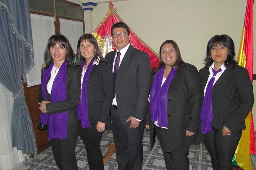 Ana Luisa Rivera, Cinthia Bueno, Milton Marquiegui,  Ximena Mealla y Jahel Flores.