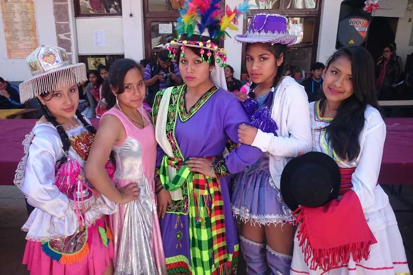 Yojhara Farfán, Mikaela Vera, Graciel Espada, Natalia Arteaga y María Miranda.