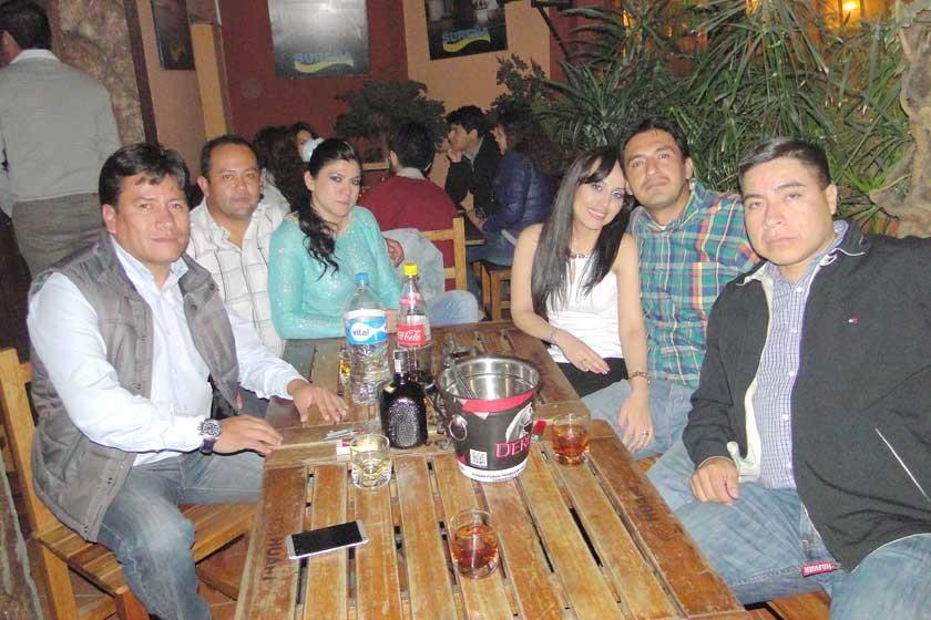 Dorian Mita, Lalo Guamán, Gloria Duchen, Cecilia Balderas, Juan Carlos Canseco y Julio Zelaya.