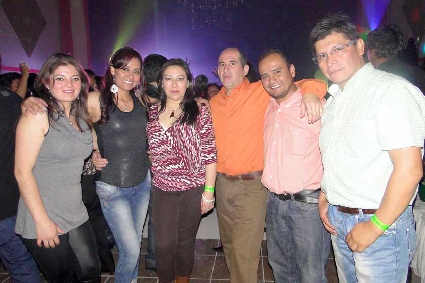 Gisela, Claudia, Carla, Edwin, Luís y Wilfredo.