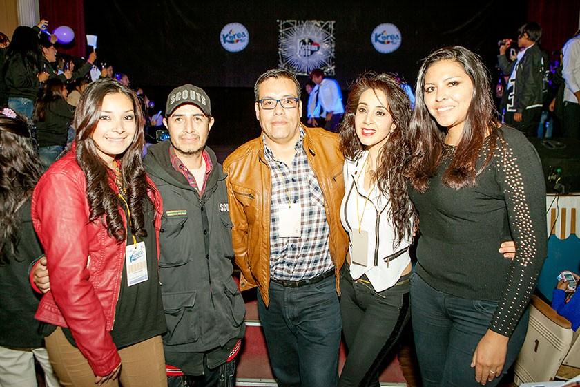 Mayra Ustarez, Edwin Oroza, Gustavo Salinas, Alejandra Carvallo y Erika Victoria.