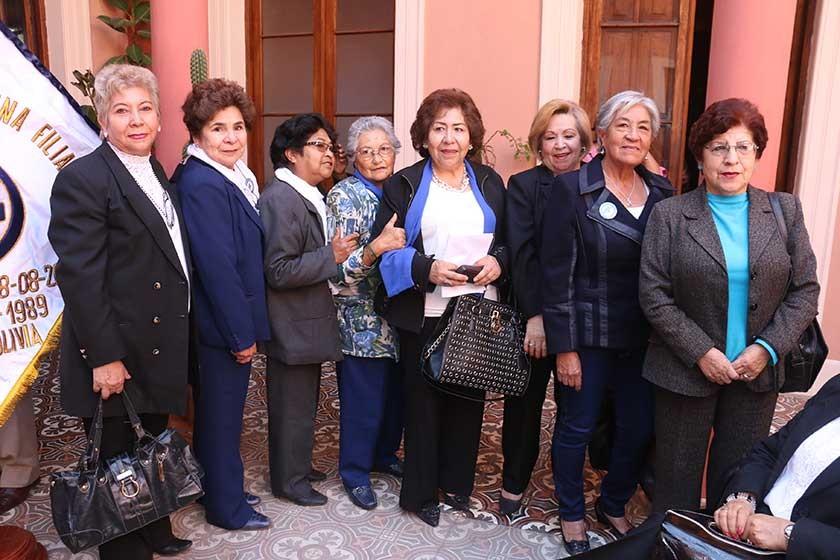 Rosa Ovando, Rosario Muñoz, Marcelina López, Delma Sapiencia, Gladys Michel, Bernarda Molina, Clotilde de Villavicencio