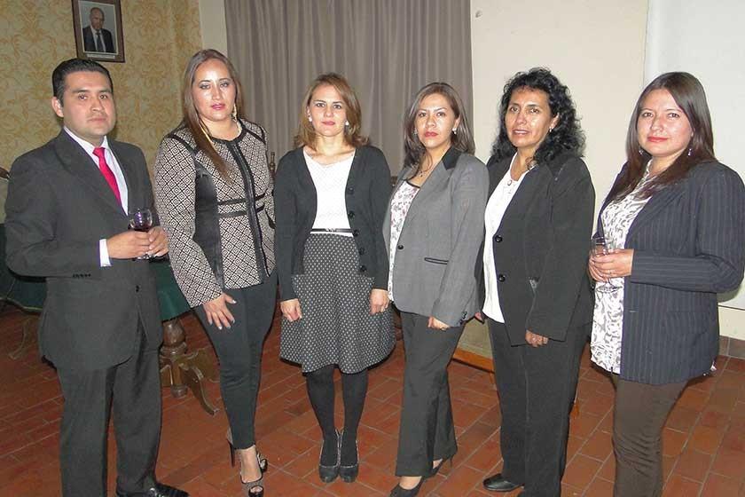 gfAbdón Reynales, Marylin Parra, Ericka Díaz, Mariela Coronado, Blanca Herrera y Reyna Condori.