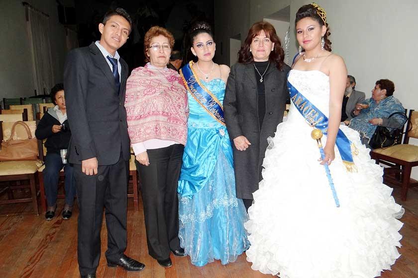 Franco Marconi, Martha García, Danitza Moscoso, María Ruth Hurtado y Araceli Castro.