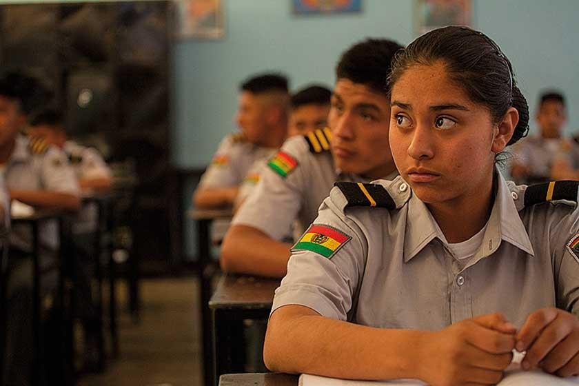 Alumnos del quinto curso de secundaria. Dentro de una misma aula, puede haber cadetes de distinto grado militar.