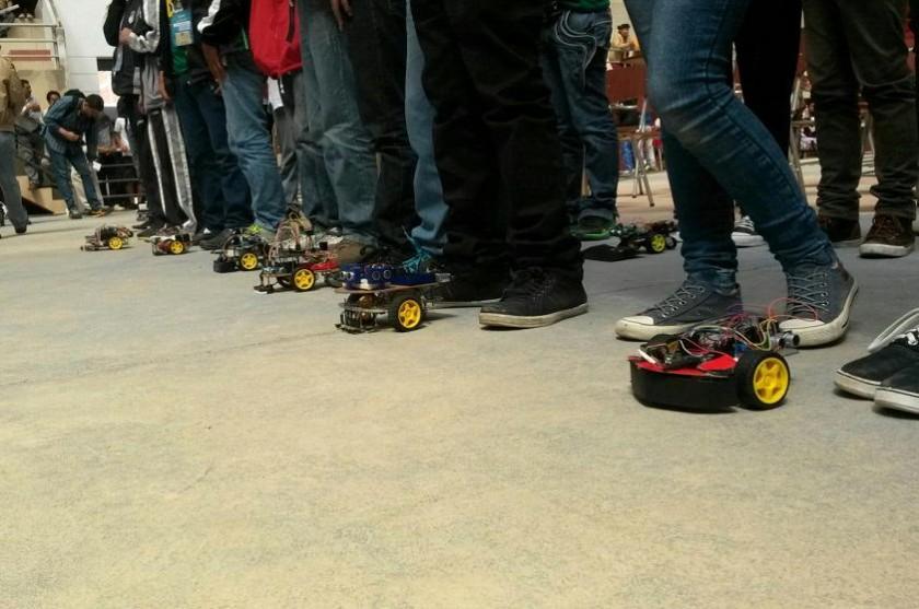Todos los competidores antes de comenzar la competencia. Foto: Dayana Martínez