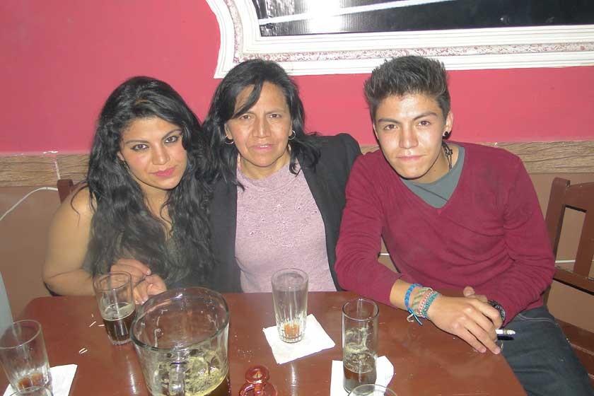 Jessica Guzmán, Ana María Escobar y Salvador Guzmán