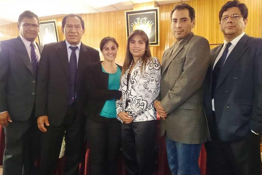Felipe Aceituno, José Caballero, María Eugenia Raya, Claudia Gardeazabal, Álvaro Bravo y Douglas Cueto.