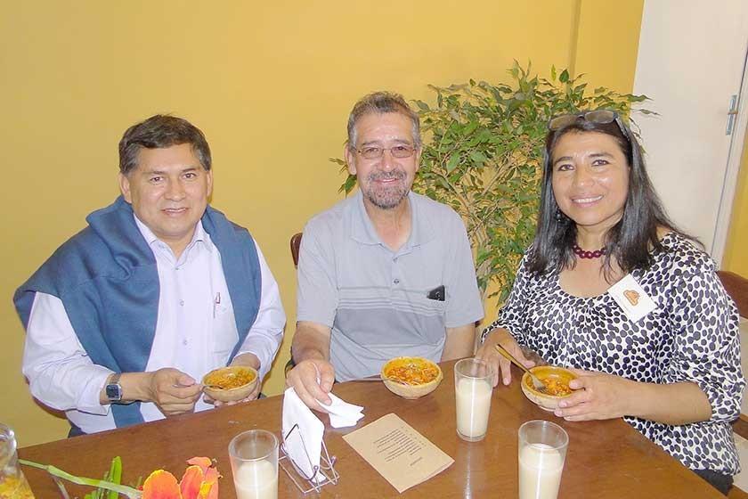 Fernando Alvarado, Ernesto Miranda  y Janeth Sánchez.