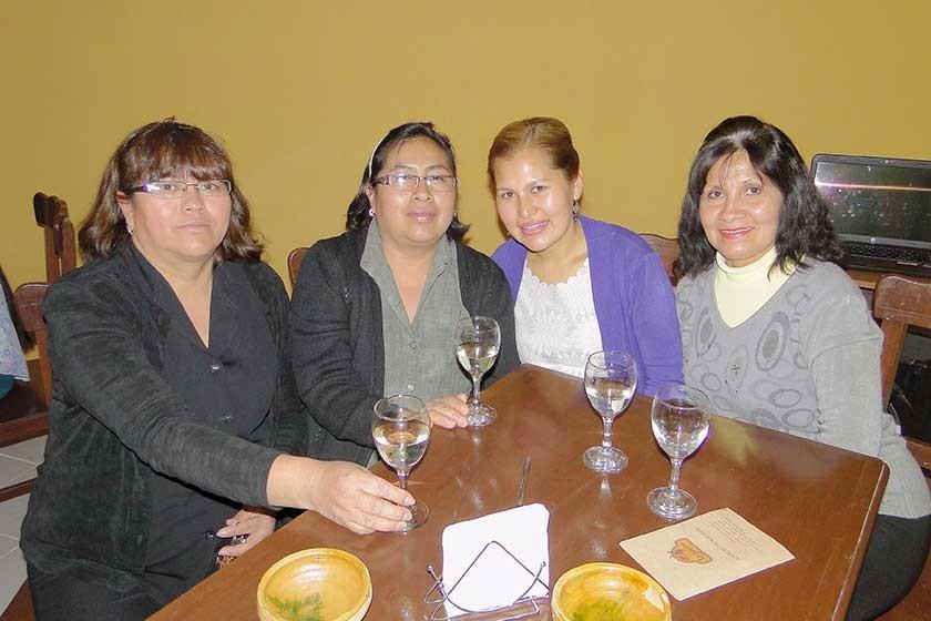 Elena Pallares, Adelaida Copa, Flora Trujillo  e Isabel Rojas.