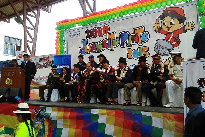 El acto oficial a nivel nacional se realizó en el colegio Victorino Vega. Foto: Richard Mamani