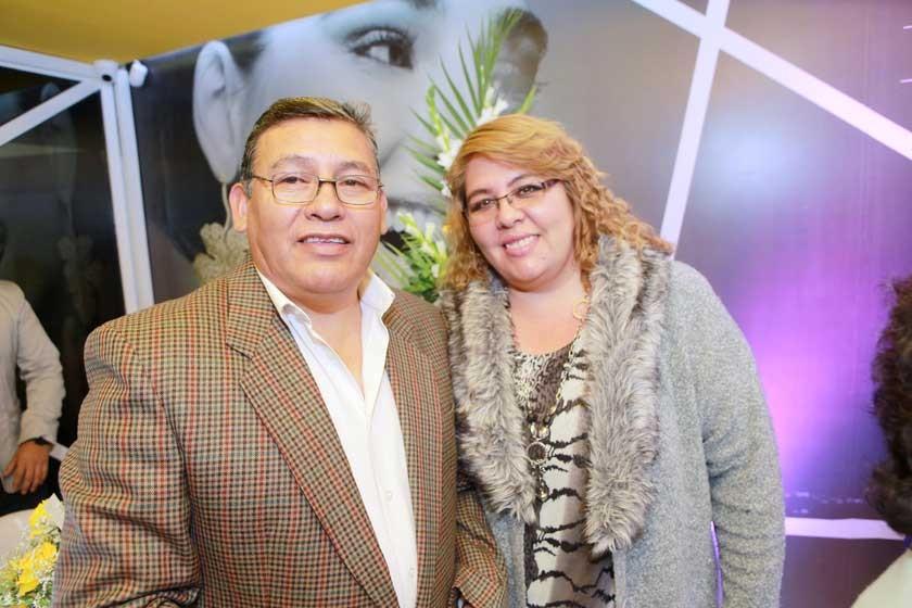 Dr. Roberto Ledezma y Dra. Mónica Morales.