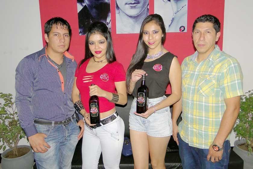 Xavier Garvizu, Noelia López, Rosita Méndez y Vladimir Andia.