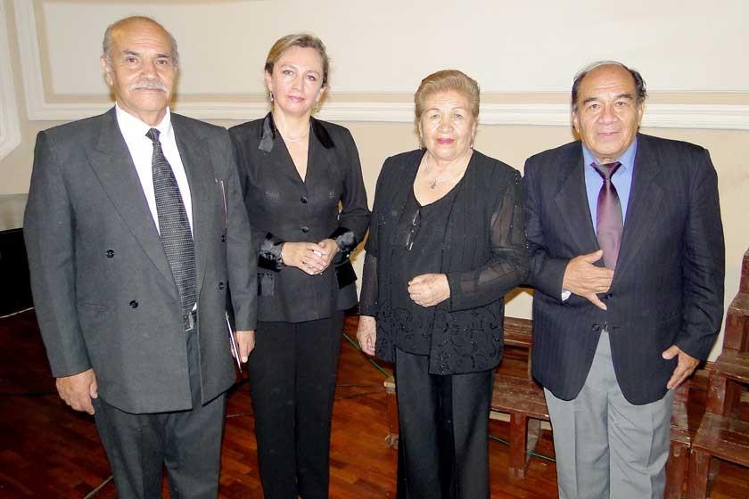 Humberto Gonzales, Lourdes Murillo, Helga Cáceres y Jorge Cáceres.