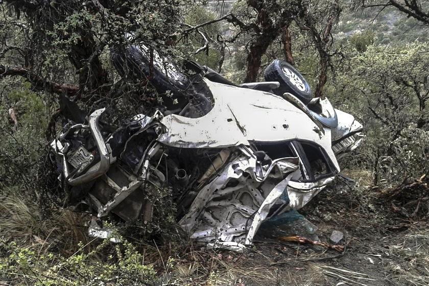 El otro vehículo accidentado también en Cochabamba. Foto: APG