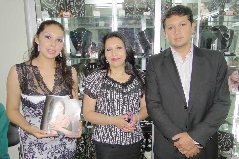 Karen Varela Villagómez, Rosario López y Eddy Bedoya.