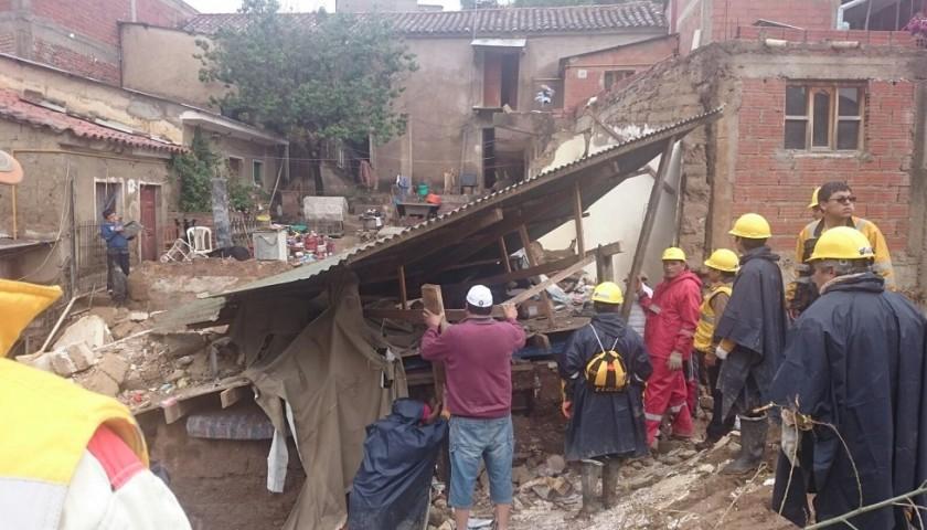 Personal del Retén de Emergencia está trabajando en varias zonas. Foto: CORREO DEL SUR Y GENTILEZA