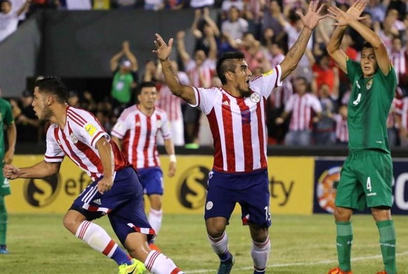 La celebración de uno de los goles guaraníes. Foto: EFE