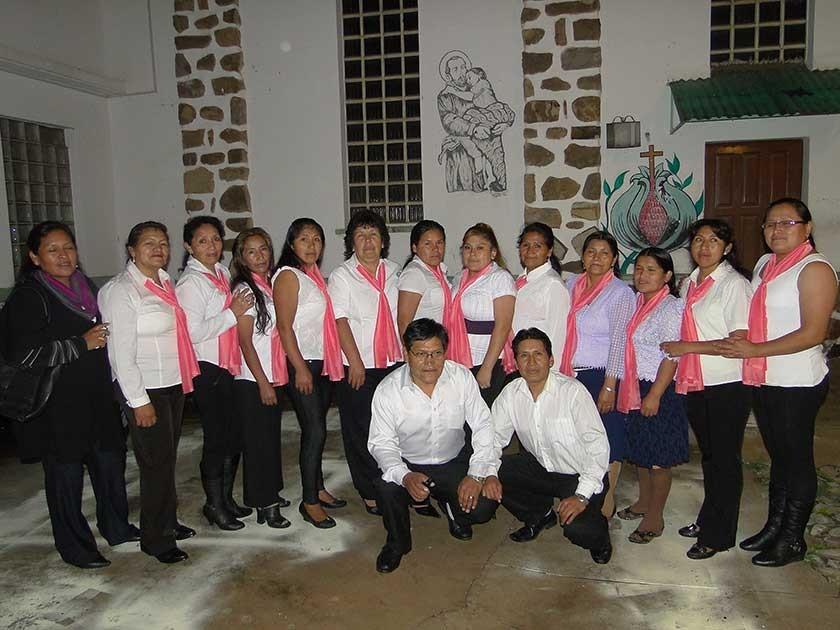 Personal del psiquiátrico que aprobó los cursos de quechua.