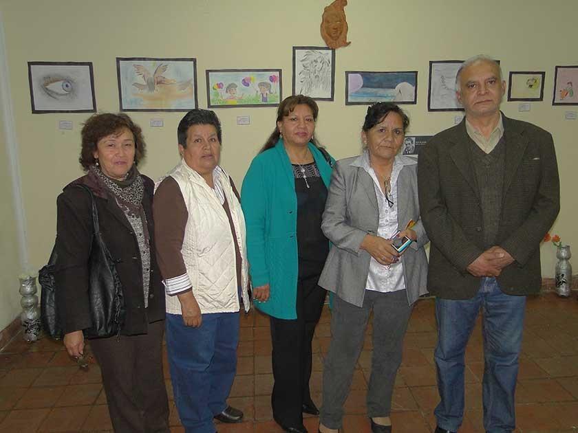 Dora Miranda, Glory Colque, Carmen Mejía, Janeth Villamonte y Orlando Barrera.