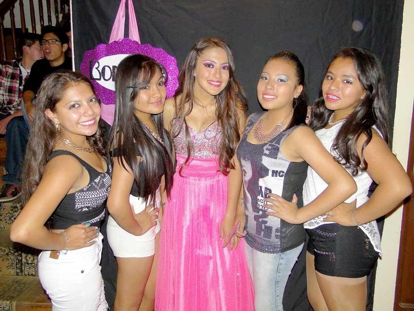 Gabriela Panoso, Belén Peñafiel, Allison Nogales, Jelena Fernández y Gabriela Camargo.