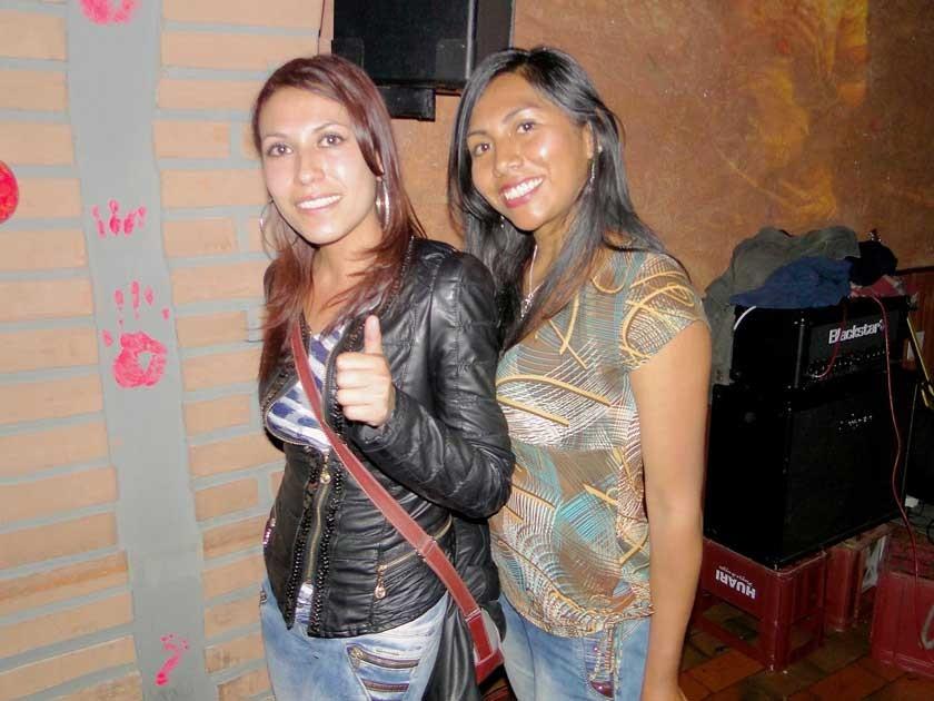 Karen Moscoso y Katherine Quiñonez.