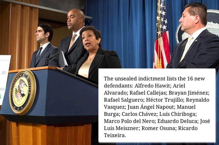 Loretta Lynch durante la conferencia de prensa de esta tarde; en recuadro, la lista del The New York Times. Foto: EFE