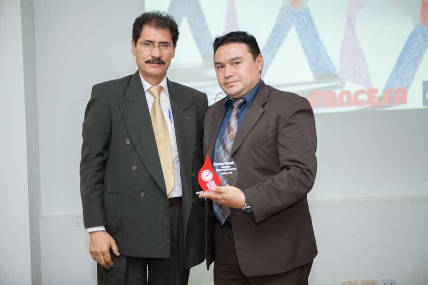 Hernán Vidaurre y Freddy Flores (Banco Fassil).