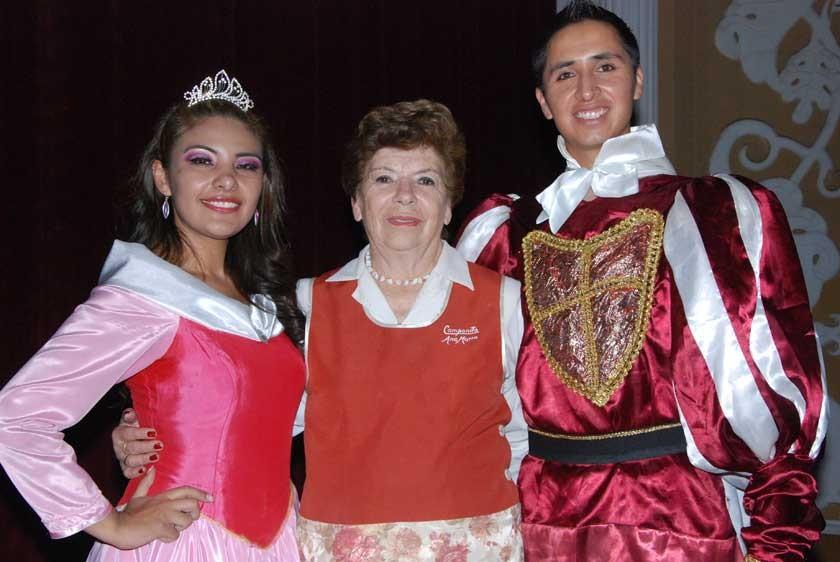 Andrea Arciénega, Ana María de Zamora y Carmelo Delgadillo.