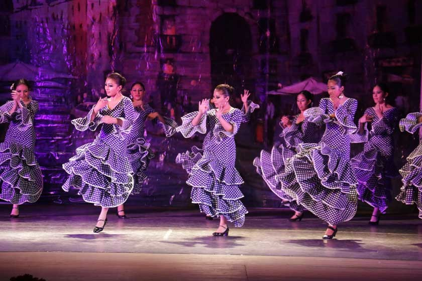 Ballet Universitario ilumina el Mariscal