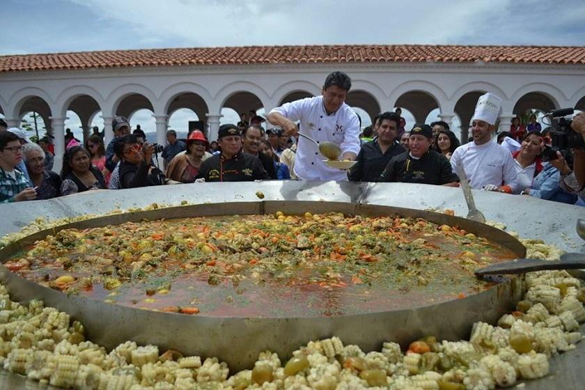 Este es el plato gigante con la tradicional Picana. Foto: Gentileza GAMS