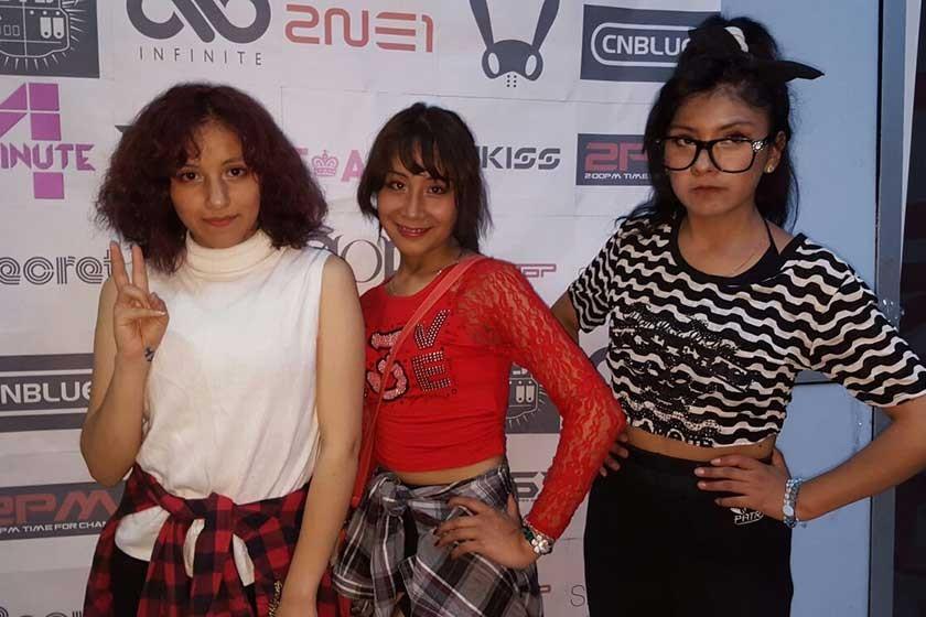Elizabeth Silva, Vilma Nina y Ana María Ferrufino.