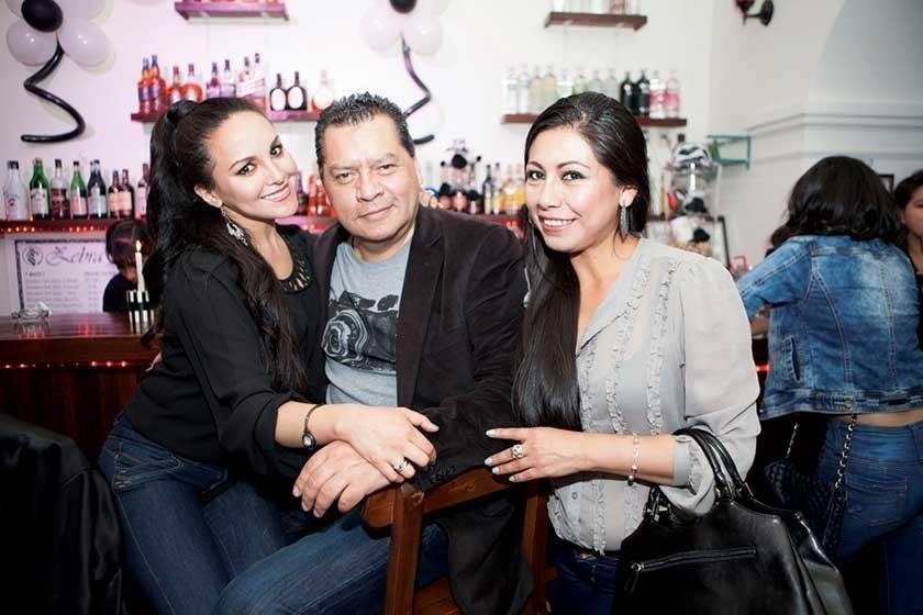 Heidi Zárate, Gonzalo Hidalgo y Pamela Cueto.