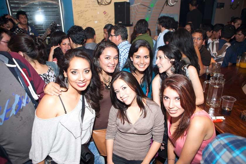 Yusara, Mariel, Mafe, Irene, Mónica e Ingrid.