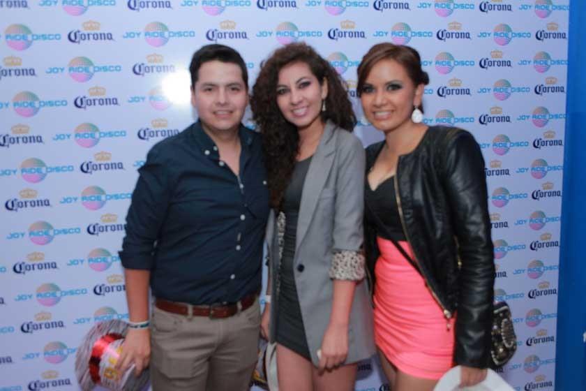 Marcelo, Paola y Daniela.