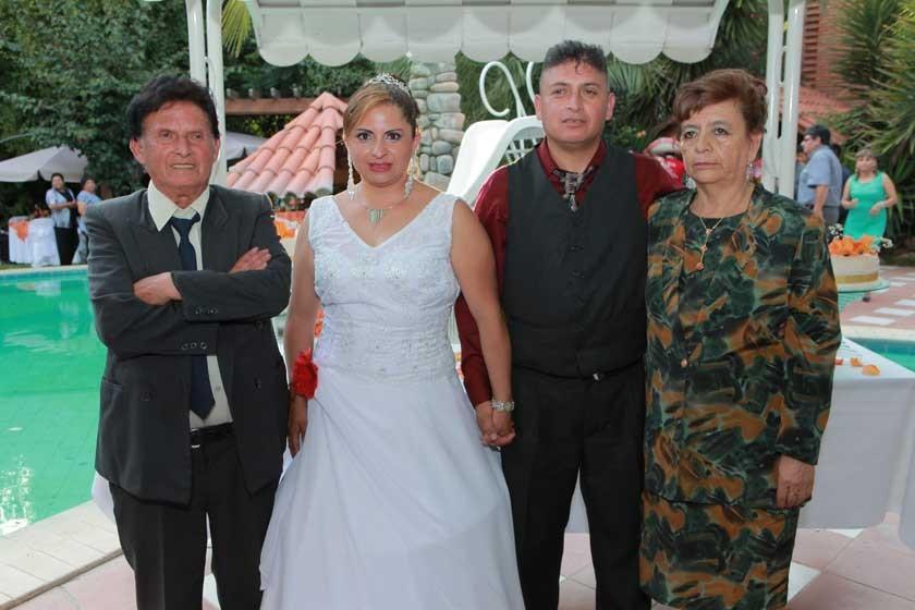Alberto Tapia, Dabheyva Herrera, Cesar Tapia y Felicia Marqués.