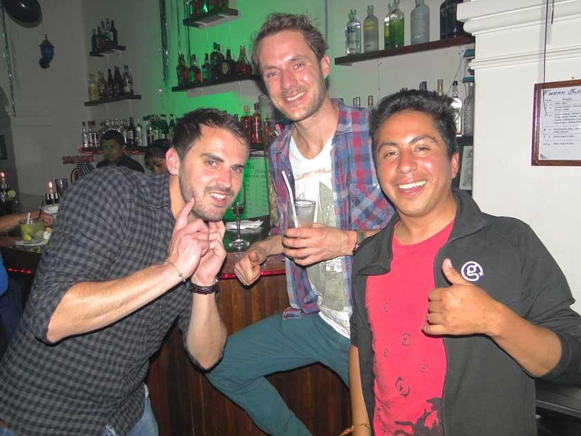 Paúl Richards, Erick Peters y Henry Aramayo.