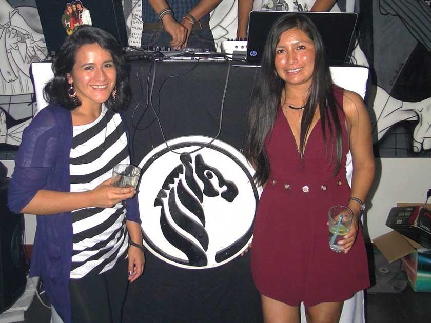 Laura Sánchez y Zenobia Esposo.