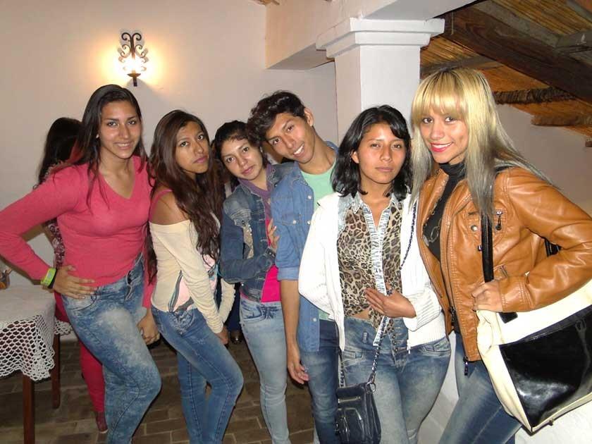 Melanie Cambón, Guadalupe Chávez, Gabriela Mollo, Emilio Ramírez, Fabiola Maturano  y Nicole Arandia