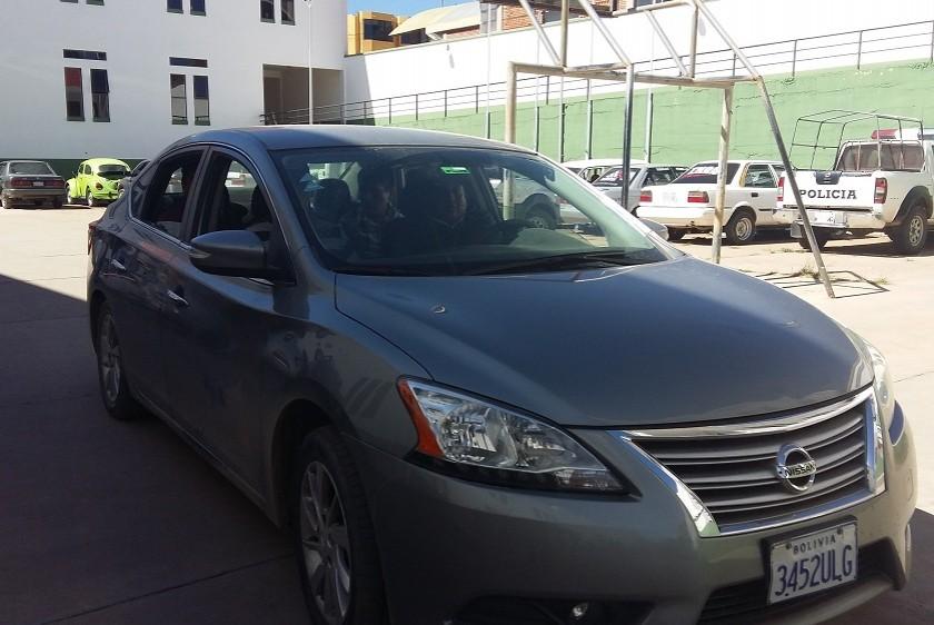 En este vehículo trasladaron al penal San Roque al ex fiscal Humberto Quispe Audiencia. Foto: Henry Aira