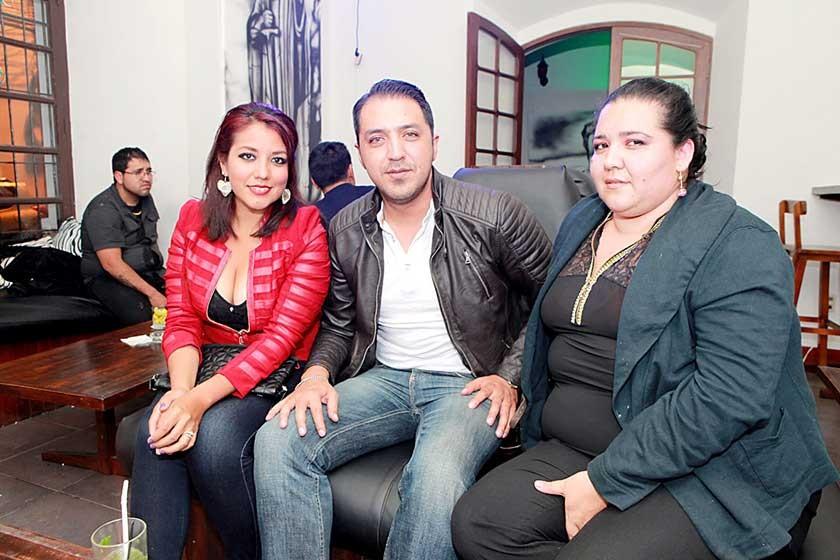 Yajaira Ramos, José Valdez y Vania Villegas.