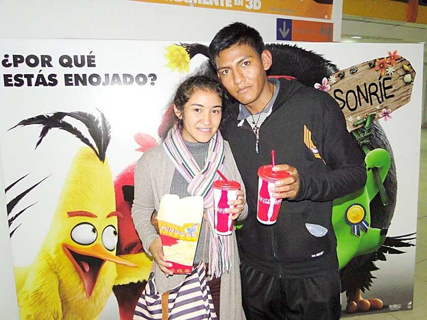 Brenda Moscoso y Adhemar Katari.